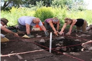 Course Photo for Archaeological Field School: Moon-Randolph Homestead Session 1